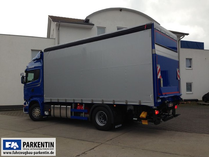 lkw curtainsider planenaufbau fahrzeugbau parkentin zw rostock und bad doberan in. Black Bedroom Furniture Sets. Home Design Ideas